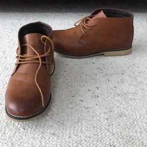 Men's lace up shoes